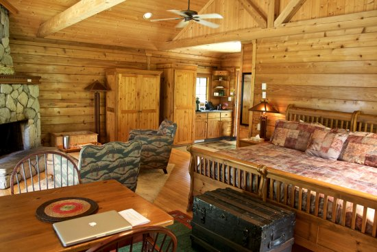 "Rowena's Inn on the River: ""Carol's Cabin"" interior."