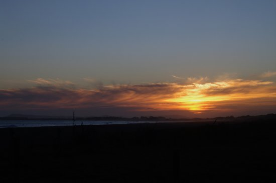 Southland Region, Nova Zelândia: Sunset at Colac Bay - Sept 2016