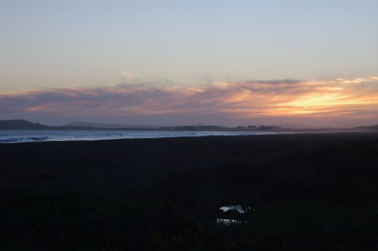 Southland Region, Nowa Zelandia: Evening view towards the West at Colac Bay - Sept 2016