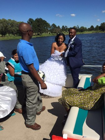 Benoni, Republika Południowej Afryki: Wedding bells on the water