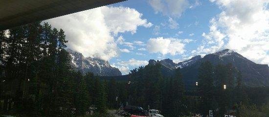 20160714_Mountain restaurant Lake Louise view_large.jpg