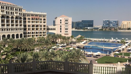 The Ritz-Carlton Abu Dhabi, Grand Canal: photo0.jpg