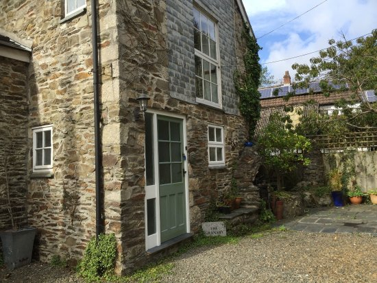 Ladock, UK: Stay at The Granary at Bissick Old Mill