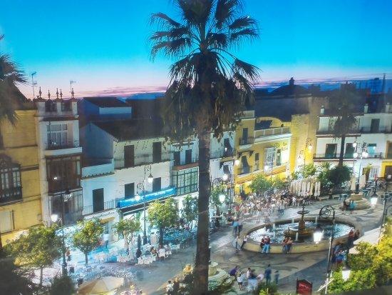 Sanlucar de Barrameda, Espagne : Plaza Del Cabildo