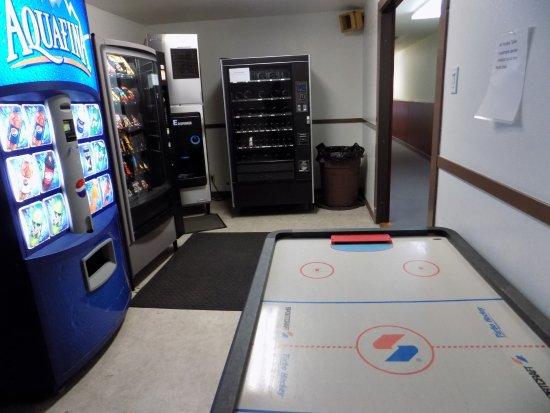 Long Beach, WA: Vending and Air Hockey