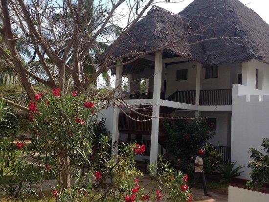 Uroa Bay Beach Resort: photo2.jpg