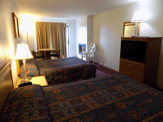 Long Beach, WA: Double Queen Room