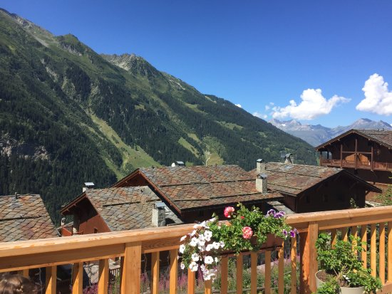 Chalet des Cimes : View from Sainte Foy Resort