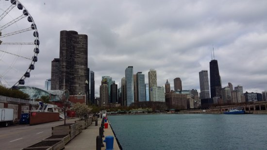 Navy pier view picture of hilton garden inn chicago - Hilton garden inn grand ave chicago ...