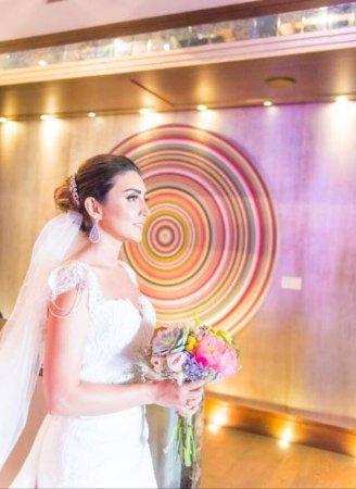 The Sofa Hotel: Düğünümüz için sofa hotel de hazırlandık. Geceyi orada geçirdik. Tüm personelin ilgisi hizmeti s