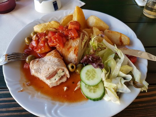 Senica, Slovakia: Jockey Club Restaurant
