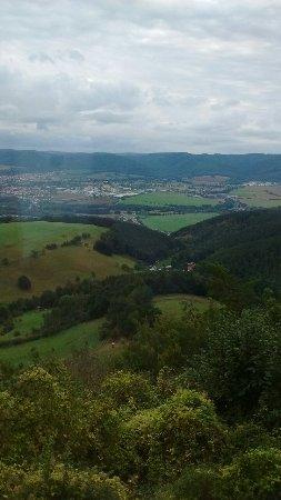 Saalfeld, Almanya: Tolle Aussicht vom Gasthaus mit großen Panoramafenster!