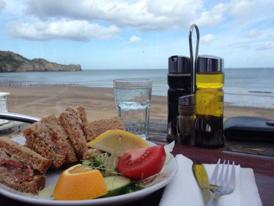 Sandside Cafe: Crab sandwiches with a view