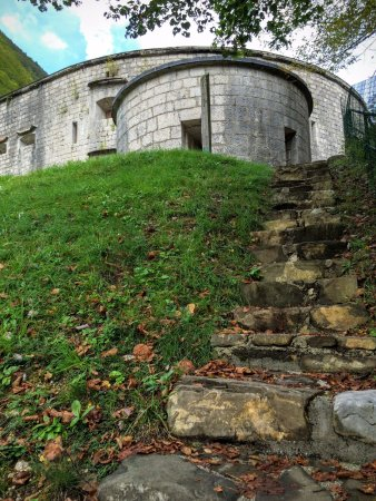 Fort Kluze : View of the fort from the trench