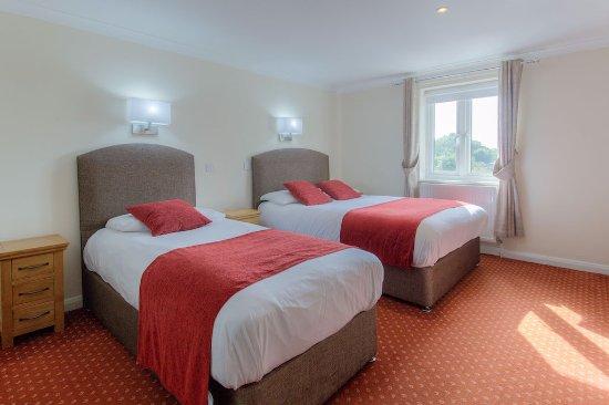 Attractive Wayford Bridge Inn: Family Room