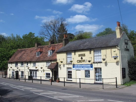rose and crown enfield 185 clay hl restaurant reviews phone number photos tripadvisor