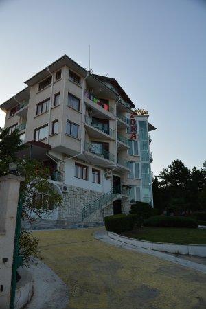 Hotel Zora: Вид на сам отель