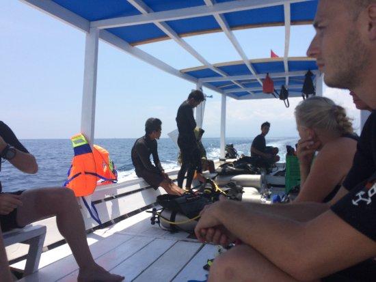 Gili Air, Indonesia: Boot naar duiklocatie