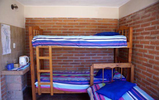 Amazing Hostel Tinktinkie The private rooms for 2 to 5 has a double bed bunk Picture - single bunk bed