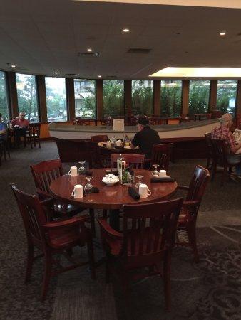 Solomons, Maryland: Inside Issac's