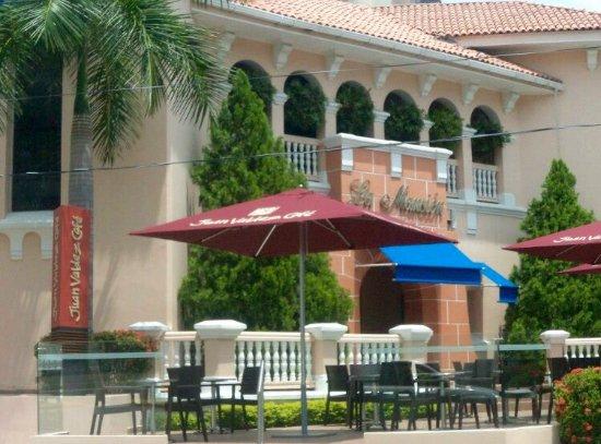 Centro Comercial La Mansion