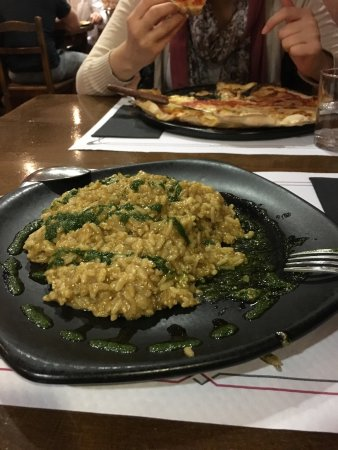 Pizzeria Capricciosa: photo0.jpg