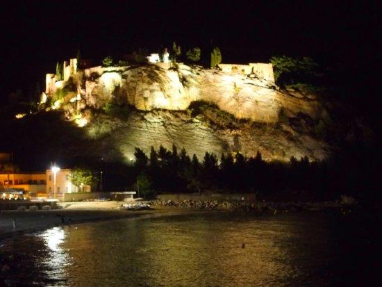 Hotel Le Liautaud: Les remparts et le fort de Cassis