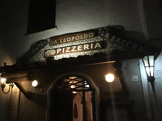 Panza, Italia: Da Leopoldo - step in and enjoy!