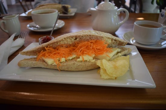 Jervaulx, UK: Wensleydale cheese and carrot