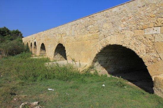 Ponte Romano sul fiume Rio Mannu