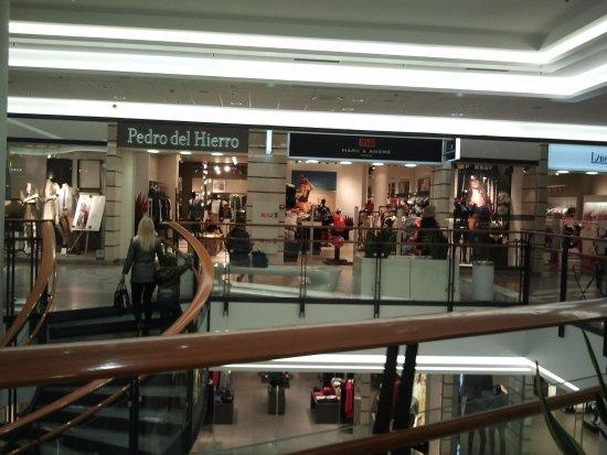 Εμπορικό κέντρο viru.