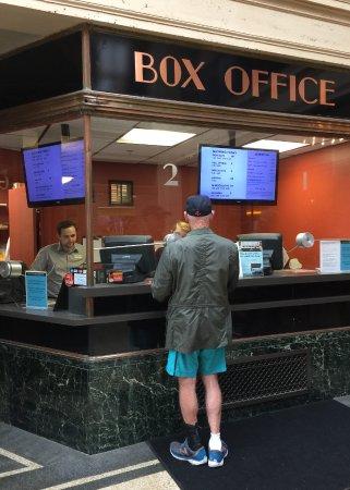 Bryn Mawr, Pensylwania: BMFI Box Office