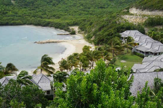 Freetown, Antigua : View of beach from above