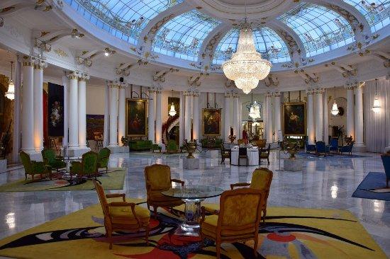Hotel Negresco Lobby