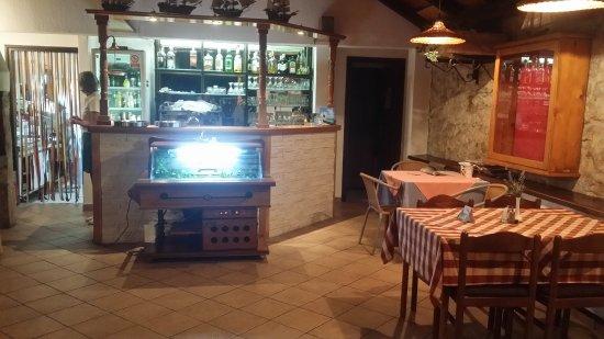 Sveti Filip i Jakov, Croatia: Restaurant Angela