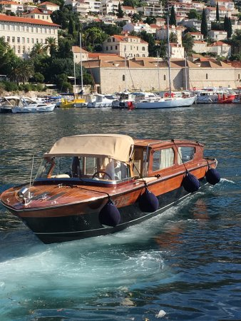 Villa Dubrovnik: Boat transfer - stylish