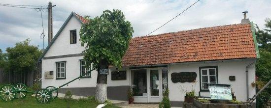 Garana, Romênia: Heimatstub'n Museum,  Wolfsberg, Muzeul Satului