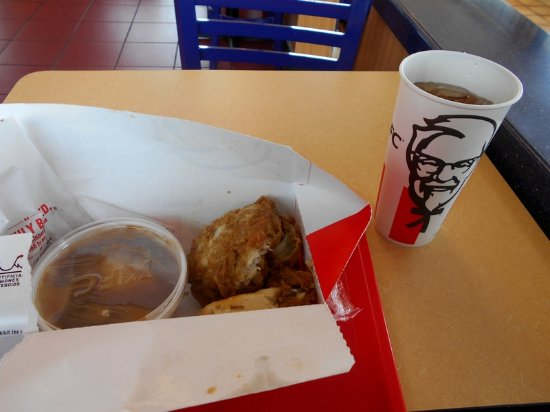5 Fill Up Box W 2 Pcs Chicken Biscuit Mashed Potatoes And Gravy Plus Cookie Picture Of Kfc Benton Harbor Tripadvisor