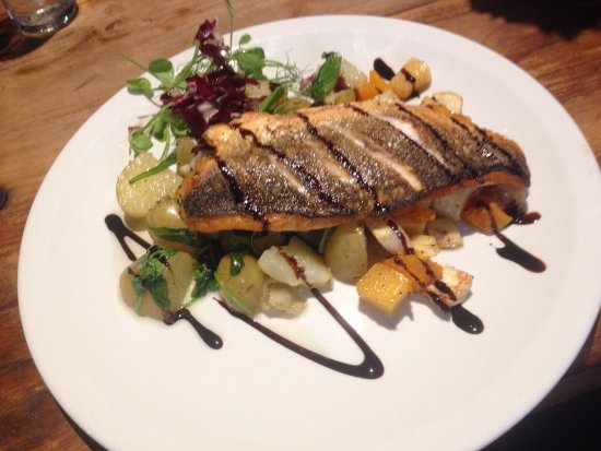 Buckden, UK : Delicious, freshly cooked dishes