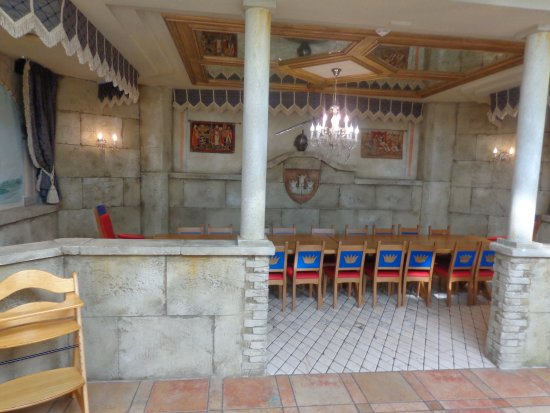 Leading Family Hotel & Resort Alpenrose: Rittersaal für die Kits