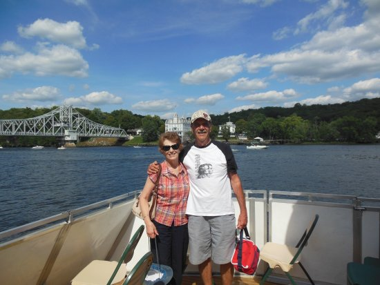 Haddam, CT: Here we are after the cruise.
