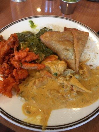 Yak and Yeti Restaurant: photo0.jpg