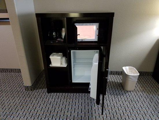 Comfort Suites Bastrop: Excellent!