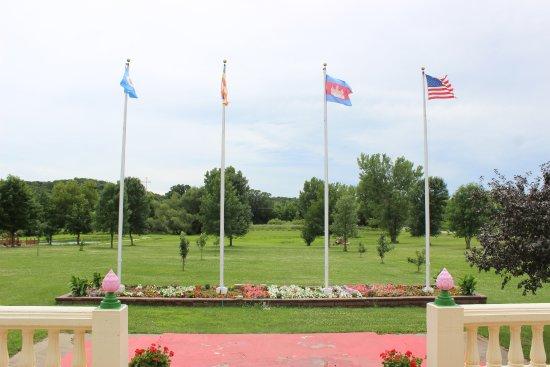 Hampton, MN: Minnesota, Buddhism, Cambodia, United States!