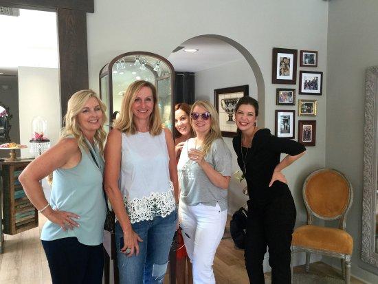 Corona del Mar, كاليفورنيا: DelBrenna offers a fun & compelling shopping experience