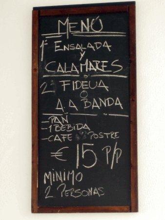 Cartelera Del Menu En El Bar Fotografia De Hogar Del Pescador