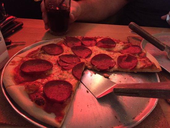 Tony's Pizza Palace: photo1.jpg