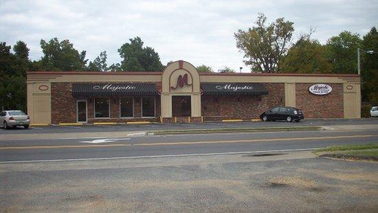 Mayfield, Κεντάκι: Majestic Family Restaurant
