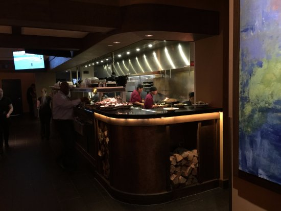Madrones: Open kitchen is a nice touch