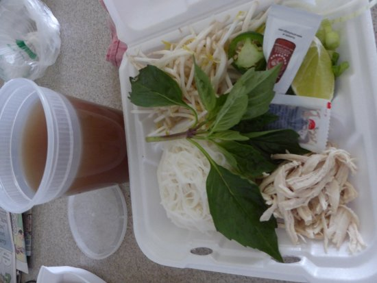 Sterling, VA: Deconstructed Pho Ga